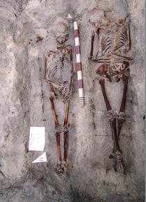 Sapaturi Periprava: Mormantul M1