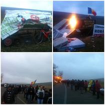 FOTOGALERIE A doua zi de proteste in Pungesti