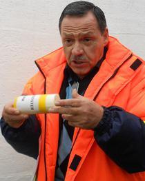 Mihai Mitroi, Prospectiuni SA, prezinta un dispozitiv exploziv