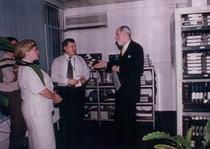 Vinton Cerf, parintele Internet-ului, la ICI, nod ENC - iunie 2002