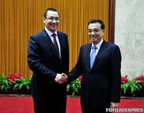 Victor Ponta si premierul chinez Li Keqiang in iulie la Beijing