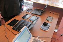 Laptop-uri si tablete prezentate la un congres al Educatiei, la Bucuresti