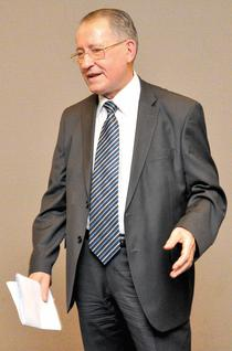 prof. dr. Constantin Popa