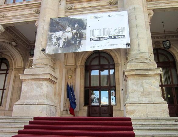 "Expozitia ""100 de ani-Romania in National Geographic"""
