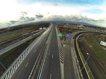 Autostrada la Lancram langa Sebes