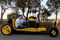 Masina cu 500.000 de piese Lego construita le Deva