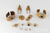 Expozotia Aurul si argintul antic al României