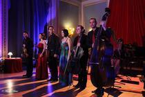 Cvintetul de coarde al ONB si Roxana Moianu (harp)