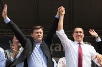 Crin Antonescu si Victor Ponta pe vremea campaniei electorale USL