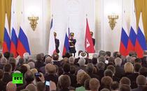 Ceremonia de semnare a tratatului de alipire a Crimeei la Rusia