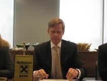 Steven van Groningen, CEO Raiffeisen si unul dintre fondatorii CPBR