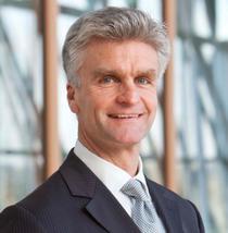 Hubert Cottogni, director adjunct, FEI
