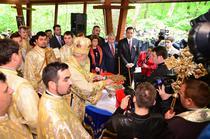 Ponta si soborul de preoti la manastirea Nucet