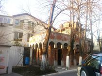 FOTOGALERIE Cum arata biserica din curtea spitalului Cantacuzino