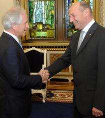 Bob Corker si Traian Basescu
