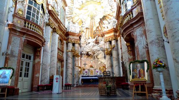 Biserica Karlskirche (2)
