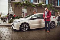 Opel Ampera si Attila Korodi