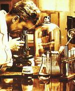 Primele iaurturi Danone au fost produse in urma cu aproape 100 de ani, cu fermenti de la Institutul Pasteur
