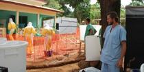 Centrul de tratament pentru cazurile de Ebola din Telimele, Guineea