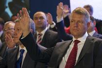 Klaus Iohannis si Catalin Predoiu la Congresul comun PNL PDL