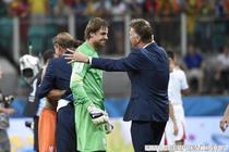 Genialul van Gaal si portarul Tim Krul