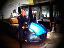 Perry McCarthy The Stig alaturi de Ferrari California T