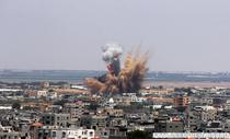 Orasul Rafah (sudul fasiei Gaza), lovit marti