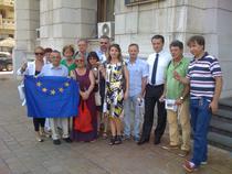 Poza de grup cu o buna parte dintre protestatarii de la CNA