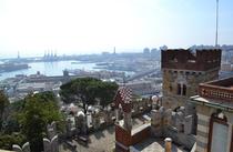 Genova un orasel turistic aflat la malul Marii Mediterane