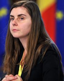 Ministrul Finantelor, Ioana Petrescu