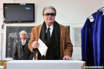Corneliu Vadim Tudor la vot