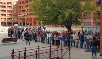 Coada la votare pentru prezidentialele romanesti - Coslada, Spania