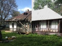Casa Enescu din Mihaileni: inainte-dupa