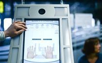 Inregistrare date biometric pe aeroportul din Lisabona