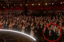Michael Keaton isi pune discursul de multumire in buzunar