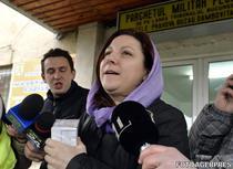Alexandra Hertanu, sora premierului Victor Ponta, la iesirea din sediul DNA Ploiesti