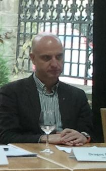 Dragos Petrescu, City Grill