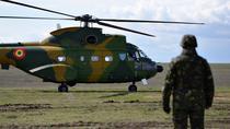 Un IAR 330 Puma, aterizeaza la poligonul Smardan