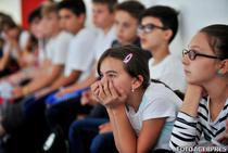 Elevi intr-o scoala din Romania