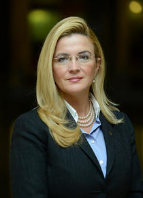 Mirela Iovu, VP CEC Bank