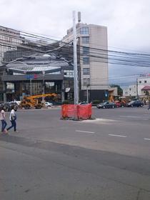 Stalpi in mijlocul intersectiei