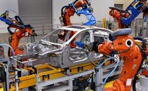 Intr-o uzina Jaguar Land Rover