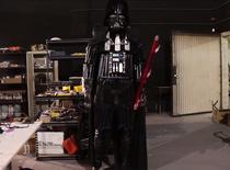 Statuie Darth Vader, realizata din jucarii sexuale