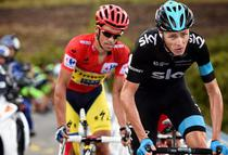Chris Froome (dreapta)