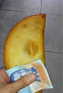 In Venezuela o bancnota valoreaza mai putin decat un servetel