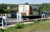 Camionul in care au fost descoperiti zeci de imigranti morti
