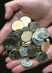 Germania a castigat 100 de miliarde de euro din criza greaca