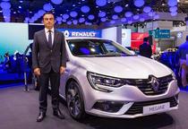 Carlos Ghosn alaturi de noul Renault Megane la IAA 2015