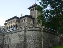 Castelul Cantacuzino din Busteni, aspect exterior