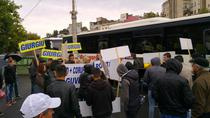 Manifestanti din Giurgiu adusi cu autocarele